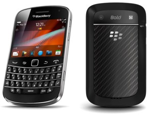 BlackBerry Bold 9900 Vs iPhone 4S