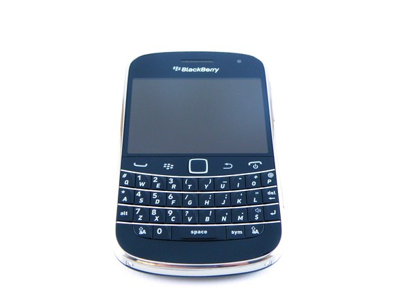 Officially Upgrade BlackBerry Bold 9900 to OS 7 1 0 714 from